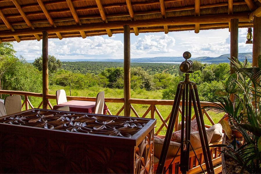 Click to enlarge image mantanas_lake_mburo_camp1.jpg
